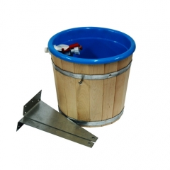 Обливное устройство с пластиковой вставкой